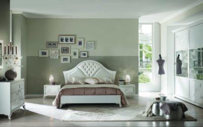 Composizione camera da letto completa armadio, comò, comodino e specchiera