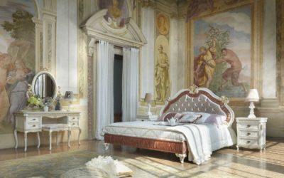 Composizione camera da letto completa di comodino, consolle, specchiera, pouff